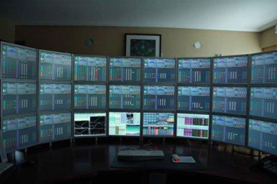 Multiple-Monitor-Setup.jpg